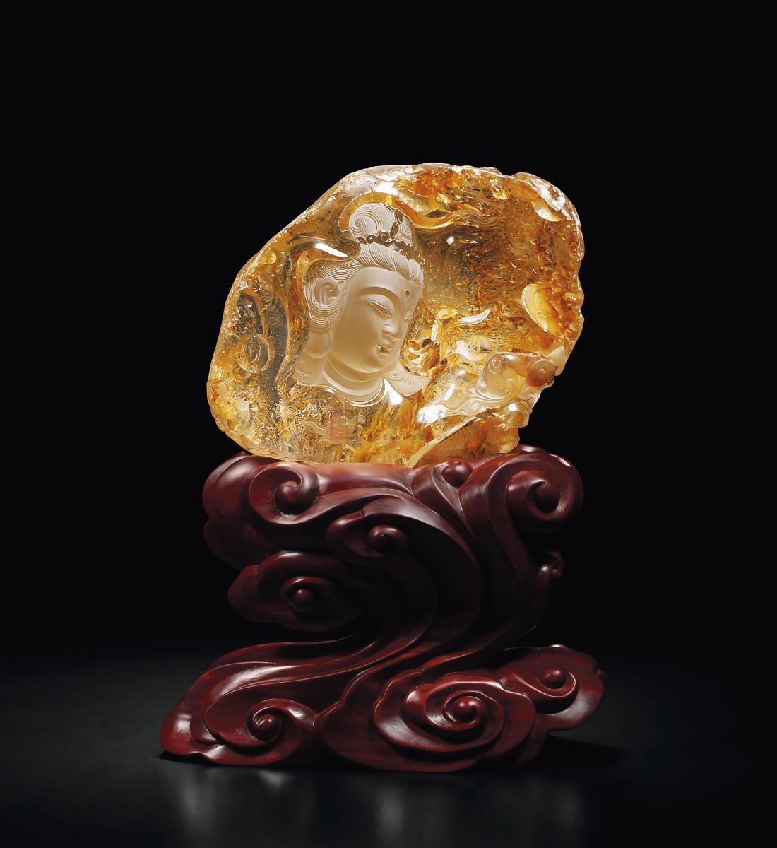 成交价:42000          拍卖会:第七期玲珑美玉——当代珠宝玉石精品